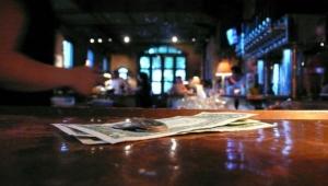 Wie viel Trinkgeld sollte man in den Weltmetropolen geben?